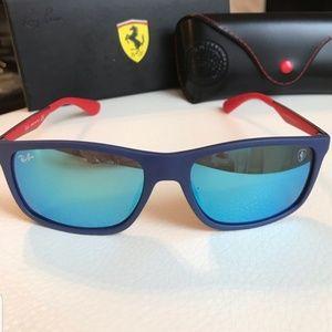 Ray-Ban Ferrari LIMITED EDITION.
